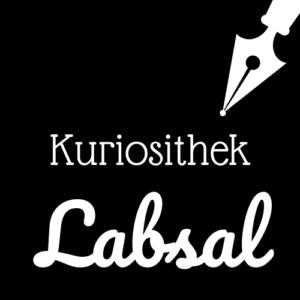 Weiße Schrift und Schreibfeder-Icon auf schwarzem Hintergrund: Kuriosithek - Labsal | Klopfecke - Texte mit Geist